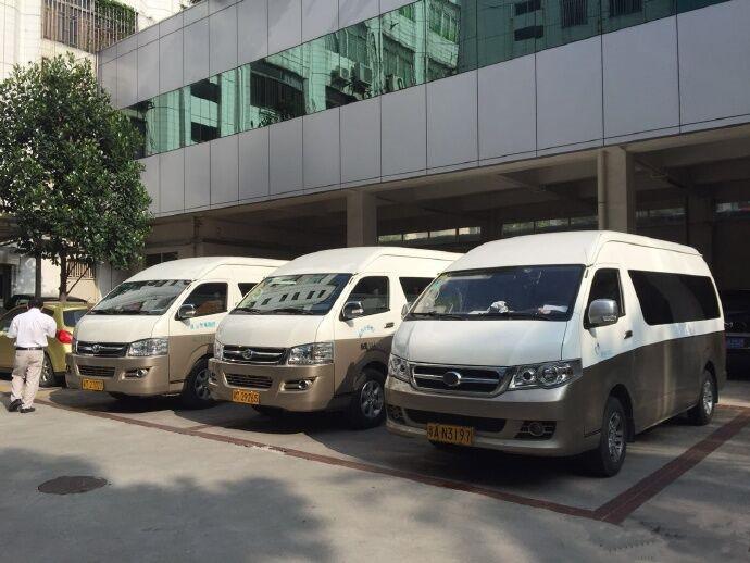 广州上下班租车的18座九龙商务车