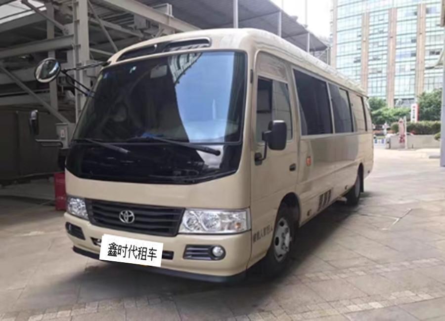 广州上下班租车的中巴 仿考斯特